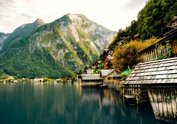 austria-hallstatt-lake