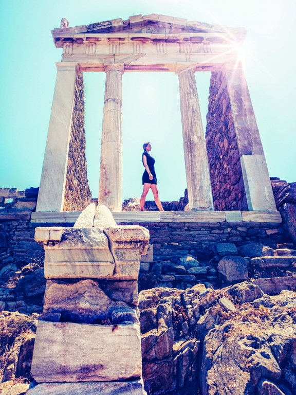 greece-delos-isis-temple