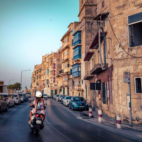 MALTA_Valletta-motorbike